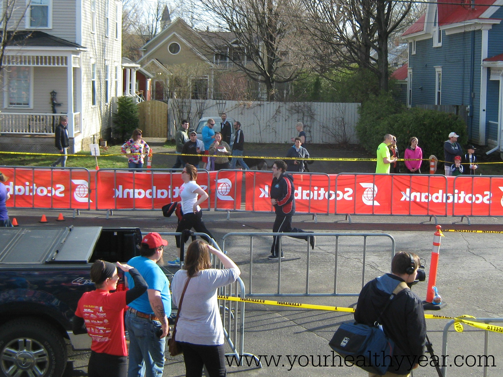 runner at the finish line